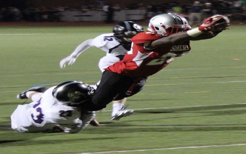 Somers Cruises to 49-17 Victory on Five Messiah Horne Touchdowns