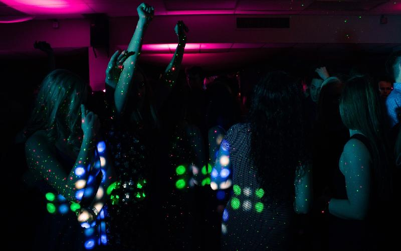 100 Best Bollywood Songs for Farewell Parties - Entertainment Blog