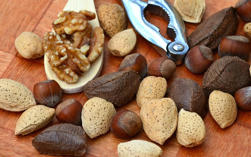 15 Nuts and Seeds for Healthy Glowing Skin