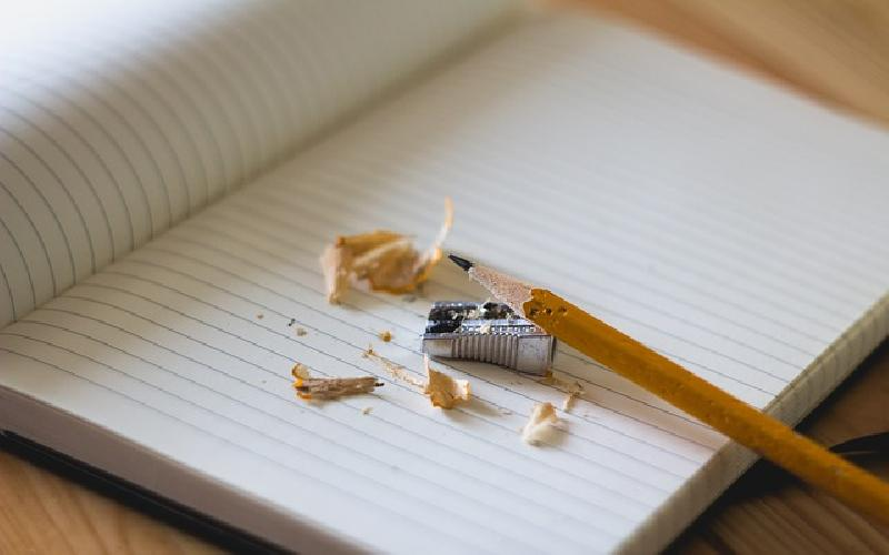 Four reasons for improving your English Writing Skills in the workplace