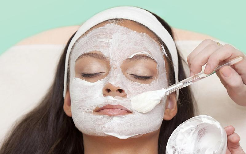 7 Yogurt Face Masks for White, Acne and Burnt Skin