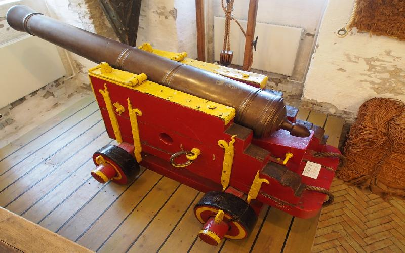 Cannons found in 16th-century shipwreck off Haifa coast