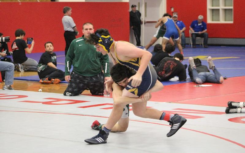 Jon Clune and Matthew Grippi Advance to Final Rounds of Wrestling Sectional
