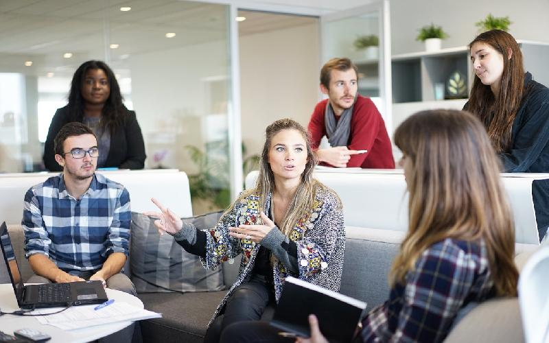 Why Team Leaders Pick Powerful Team Names for Group Members at Work