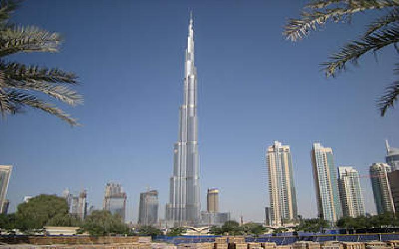 Visiting one of the Wonders of the World; the Burj Khalifa in Dubai