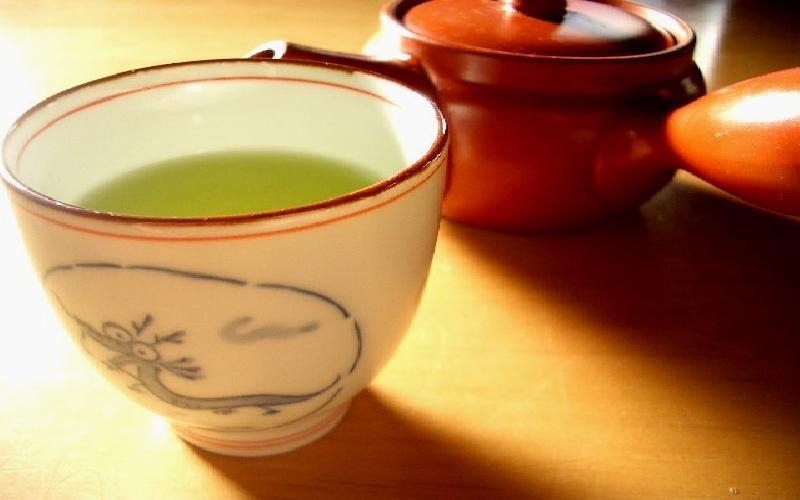 The harmful side effects of green tea