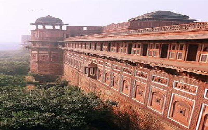 Major Historical Monuments from Mughal Era