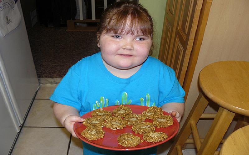 How to Save Your Child from Obesity? Causes of Obesity in Kids